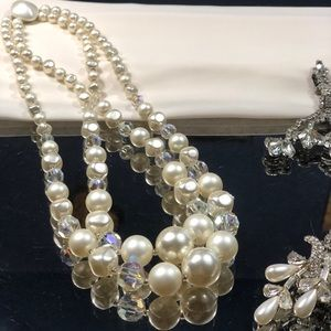 Jewelry - Vintage ivory pearl and crystal costume jewelry